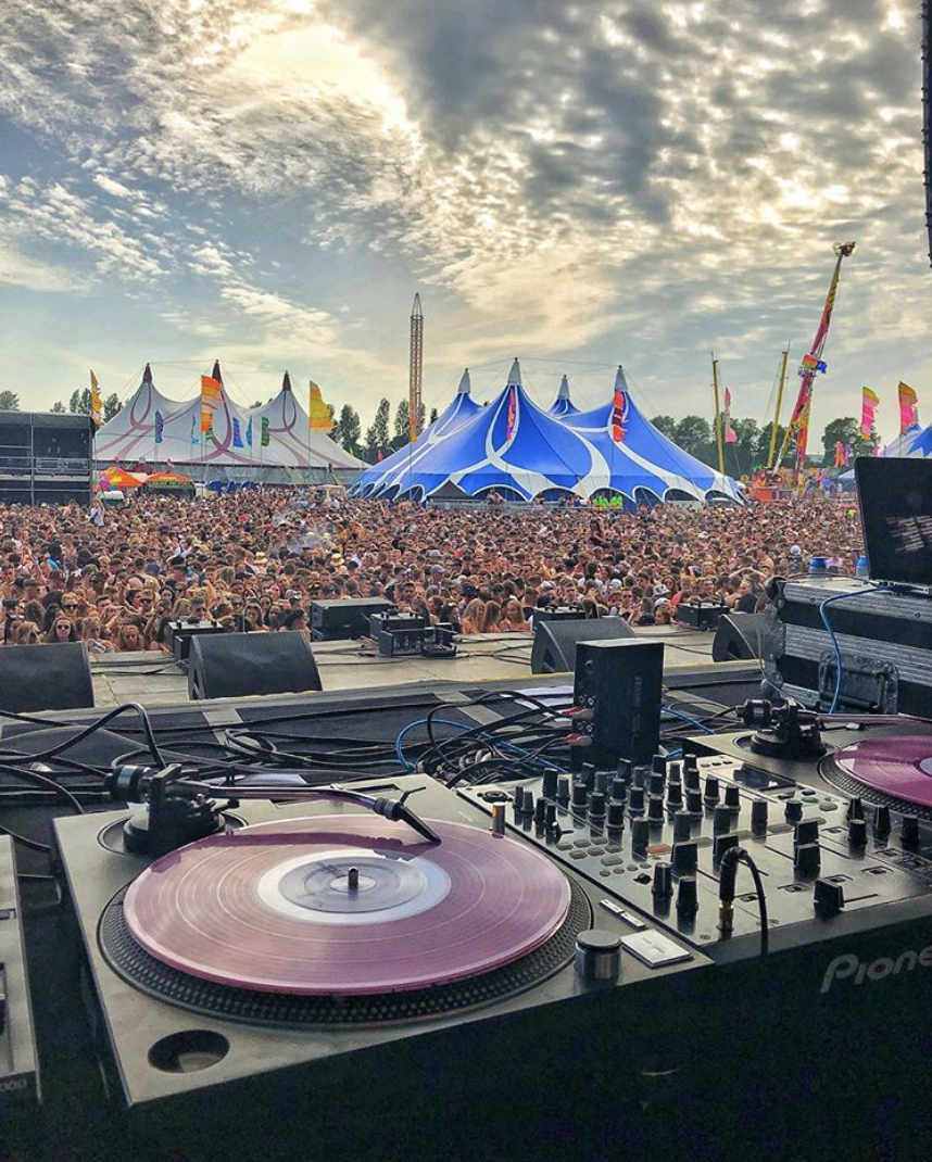 DJ MK